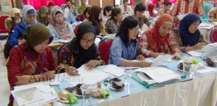 Arsip Unair Menyelenggarakan Pelatihan Penataan Arsip