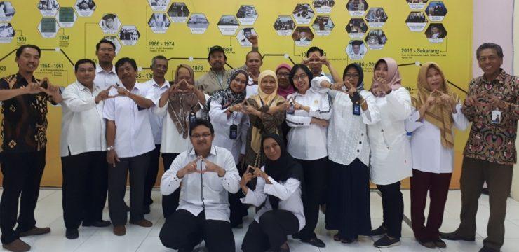 Studi Banding Universitas Negeri Surabaya
