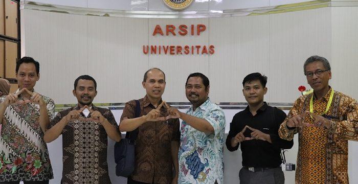 Kunjungan Studi Kearsipan Dari Universitas Brawijaya Malang